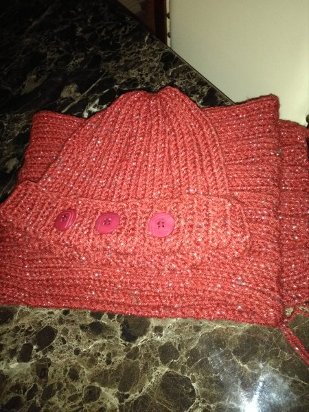 Beautiful colour winter hat and scarf